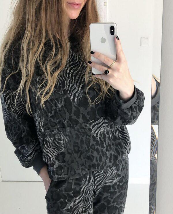 Notable Sweatshirt